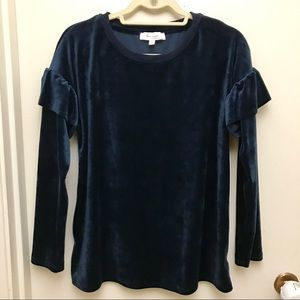 Two by Vince Camuto Ruffle Shoulder Velour Top